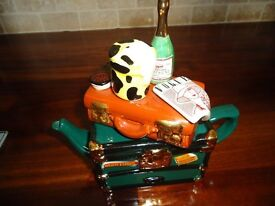Orient Express teapot made by Teapottery in Yorkshire, collectors item, excellent condition