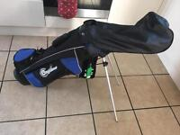Junior blue and black confidence golf bag with two prong stand