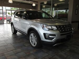 2016 Ford Explorer XLT 4WD - Fully Loaded ONLY 15k!!