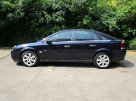 VAUXHALL VECTRA AUTOMATIC 3.0 V6 TURBO DIESEL CDTi 2005 MODEL, VERY RARE VEHICLE, 5 DOOR HATCHBACK.