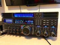 Yaesu ftdx 5000mp ltd with yaesu sm-5000 station monitor