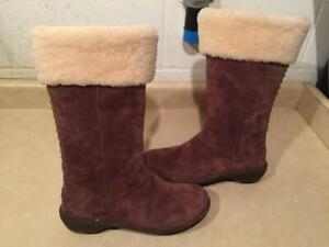 2a5f1b3c336 Uggs Size 10   Buy New & Used Goods Near You! Find Everything from ...