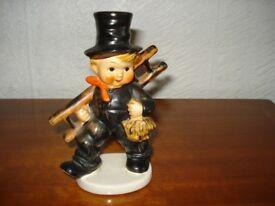 Hummel/Goebel figurine