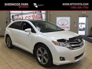 2015 Toyota Venza  V6 AWD-Leather-Navigation-One Owner-Accident
