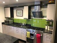 Kitchen Units and Granite Worktops