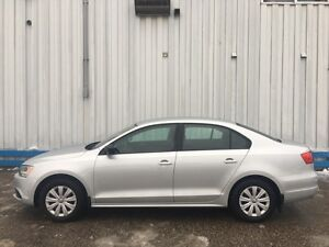 2013 Volkswagen Jetta Trendline *HEATED SEATS* Kitchener / Waterloo Kitchener Area image 2