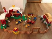 LITTLE PEOPLE FARM SET FISHER PRICE PLUS EXTRAS •SMOKE PET FREE• ALL WORKING • BUNDLE ON OTHERS