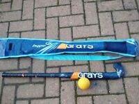 CHILDRENS HOCKEY STICK BAG AND BALL