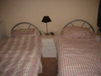 Large Twin room near North Acton undergroud9zone2/3)