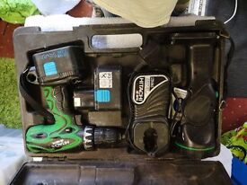 hitachi 18volt cordless drill and torch 2 good batteries and a charger