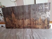 Wooden new york picture