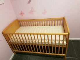 Cotbed + extras £25