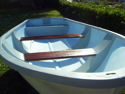 Boat 12ft open fishing boat dinghy.