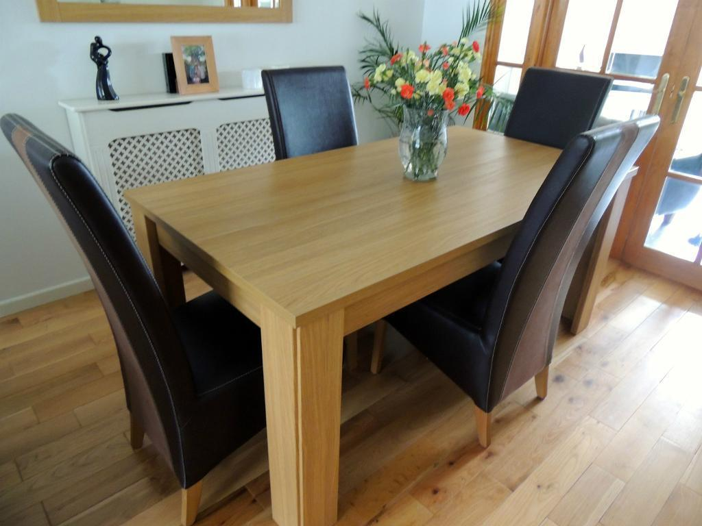 Harveys dining room table and 6 chairs hampshire range for Dining room table and 6 chairs