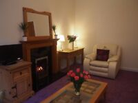 West end 2 bedroom newly renovated flat just off Byres Road available now!