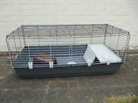 Indoor guinea pig/dwarf rabbit hutch with bowl, tunnel and enclosed part