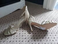Size 6 new look shoes