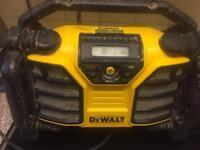 DeWalt 110v Radio/ Battery Charger