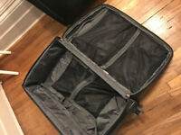 "2 x DELSEY Helium Ultimate 29"" Expandable Spinner Suiter Trolley Black 22949BK - £150 for the set"