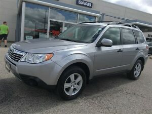 2010 Subaru Forester 2.5 X AWD SPORT PKG Heated seats Alloys Cru Kitchener / Waterloo Kitchener Area image 4