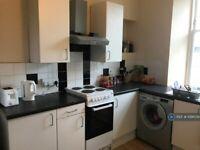 3 bedroom flat in West Princes Street, Glasgow, G4 (3 bed) (#1091539)