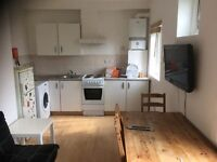 2 Bedrooms Flat in Bayswater, W2 3ET (Students Accommodation for September 2016)