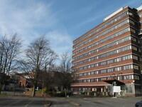 2 bedroom flat in Castle Court , Dudley,