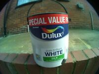 DULUX 5 LITRE SILK WHITE PAINT