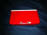 Nintendo 3DS XL White Limited Edition with Super Mario 3D Land and Mario Kart 7 + Hard Shell Case