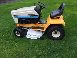Tracteur CubCadet 14 hp 38 hydro