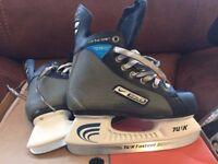 Nike Bauer Ice Hockey Skates size 1