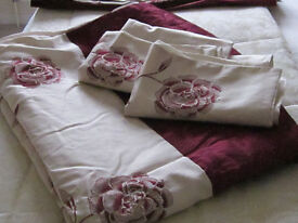 Curtains and duvet set