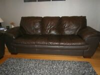Brown Leather 4 Piece Suite in Very Good Condition