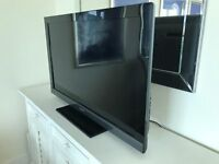 "SONY BRAVIA 52""LCD SMART TV,FREE-VIEW-SAT,FREE DELIVERY"