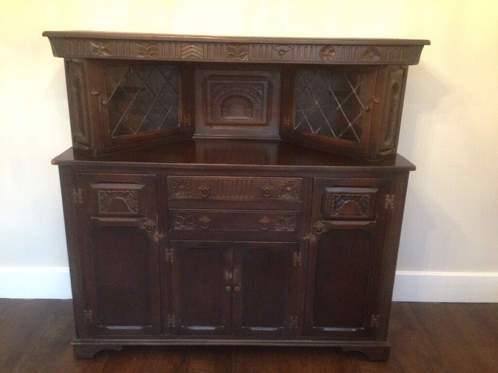 Beautiful Dark Oak Coloured Court Cupboard Vintage
