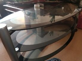 Free glass tv table