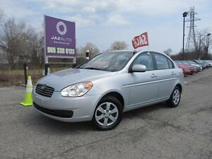 2010 Hyundai ACCENT GL AUTOMATIC ONE OWNER VERY CLEAN