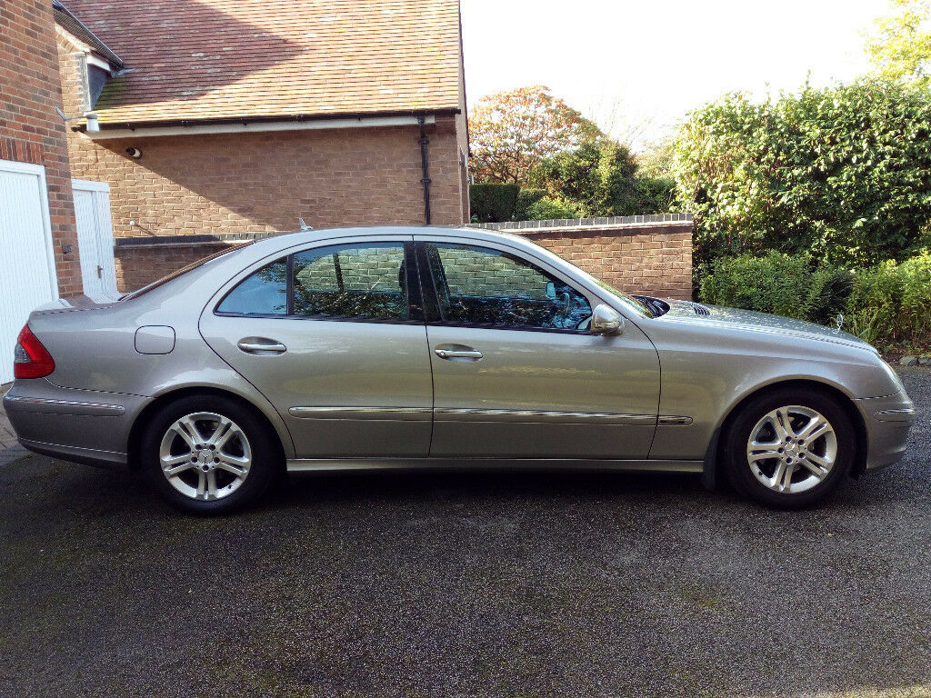 WOW!!! STUNNING MERCEDES E220 CDI AVANTGARDE with only 36K!! ONE OWNER from new and FULL HISTORY!!