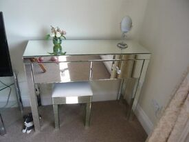 MIRRORED DRESSING TABLE AND STOOL
