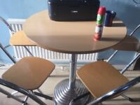 Round wooden dineing table with 4 stools bargain £65 Ono