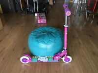 HELLO KITTY Wheels Scooter in Excellent Condition....