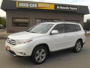 2013 Toyota Highlander Sport AWD Peterborough Peterborough Area image 1