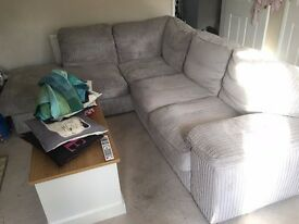 L Shaped Sofa, light grey - Perfect condition