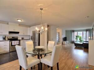 239 999$ - Maison en rangée / de ville à Mont-St-Hilaire