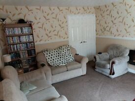 Double room in 2 bedroom, shared house available now