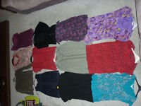 Ladies - size 18; mixed job lot bundle of 12 tops in varying styles lightly worn