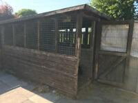Large triple dog kennel