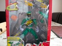 Power Rangers Dino Charge Armoured Green Ranger Figure