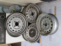 Set of four wheels for Triumph TR6