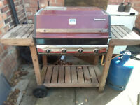 Barbeque, oven type with grill and hotplate